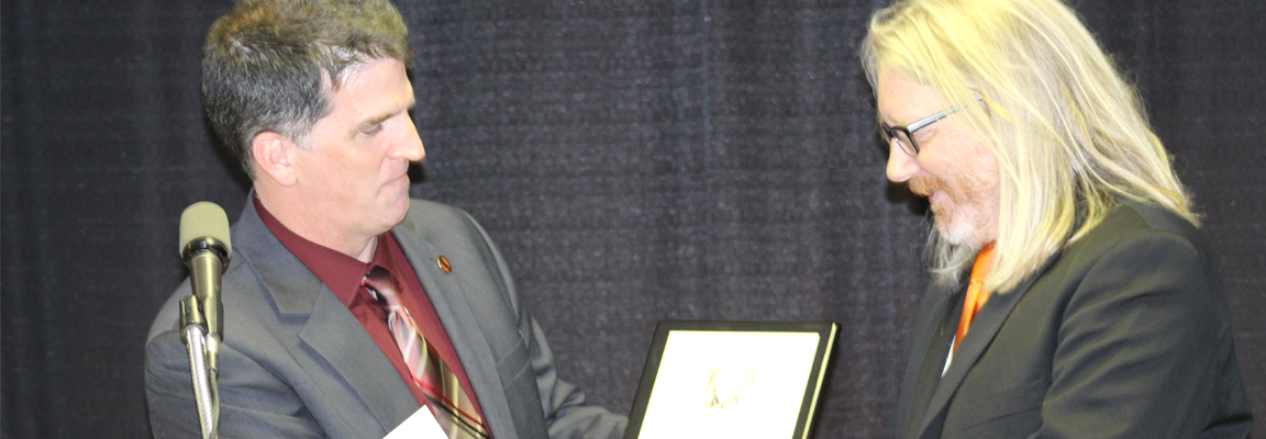 Noted engineer and educator Mark Saltzman enters CBE Hall of Fame